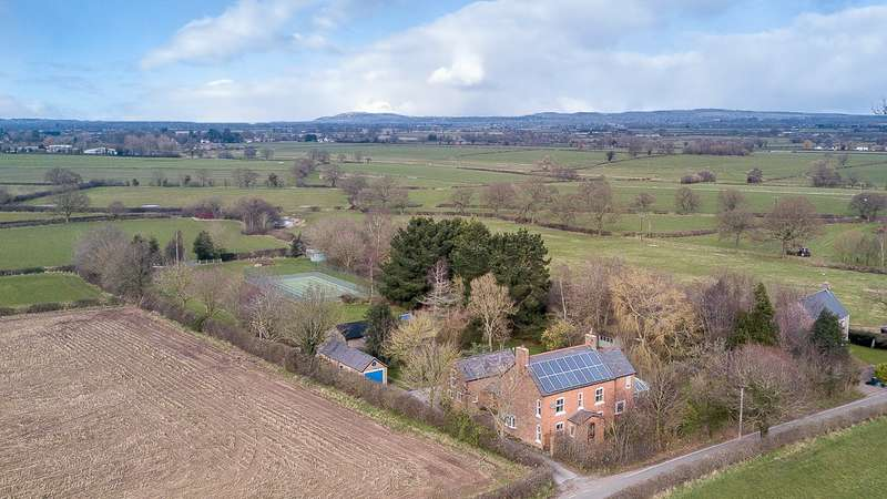 5 Bedrooms House for sale in 5 bedroom House Detached in Oscroft