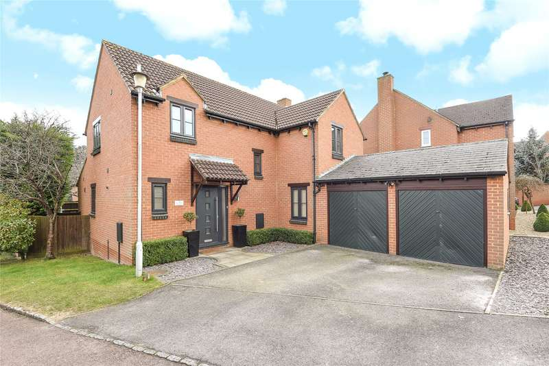 4 Bedrooms Detached House for sale in Sylverns Court, Warfield, Berkshire, RG42