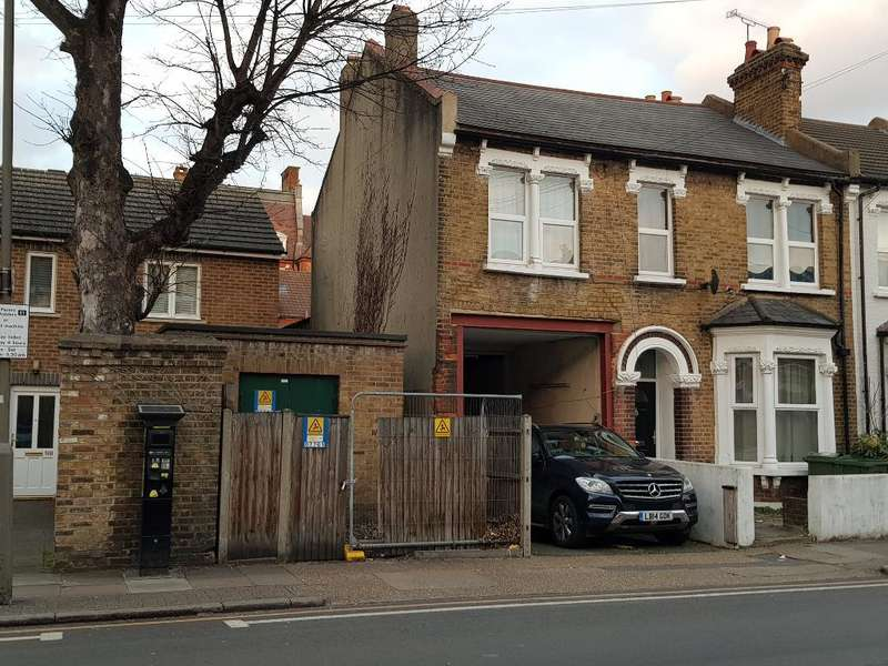 2 Bedrooms Residential Development Commercial for sale in Selkirk Road, Tooting, London, SW17 0ES