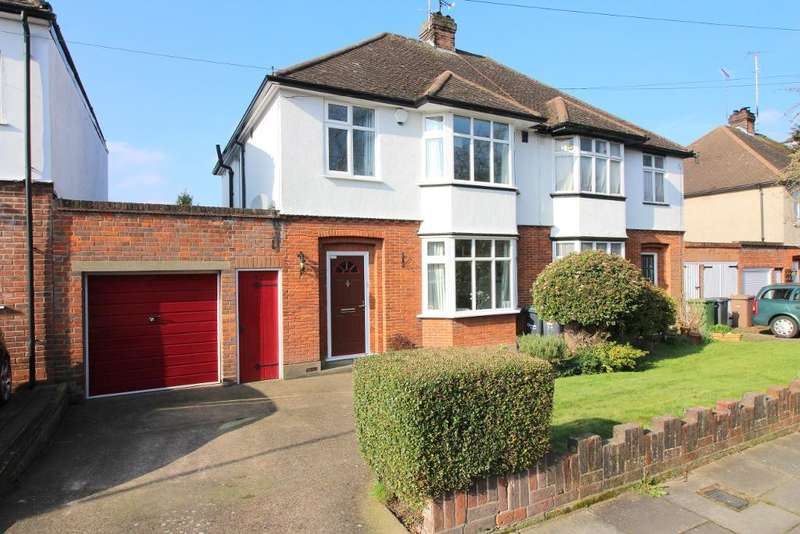 3 Bedrooms Semi Detached House for sale in Manton Drive, Luton, Bedfordshire, LU2 7DL