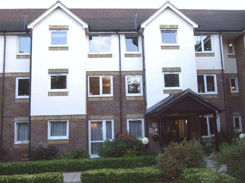 2 Bedrooms Property for sale in Livingstone Court, Barnet, EN5 4PL