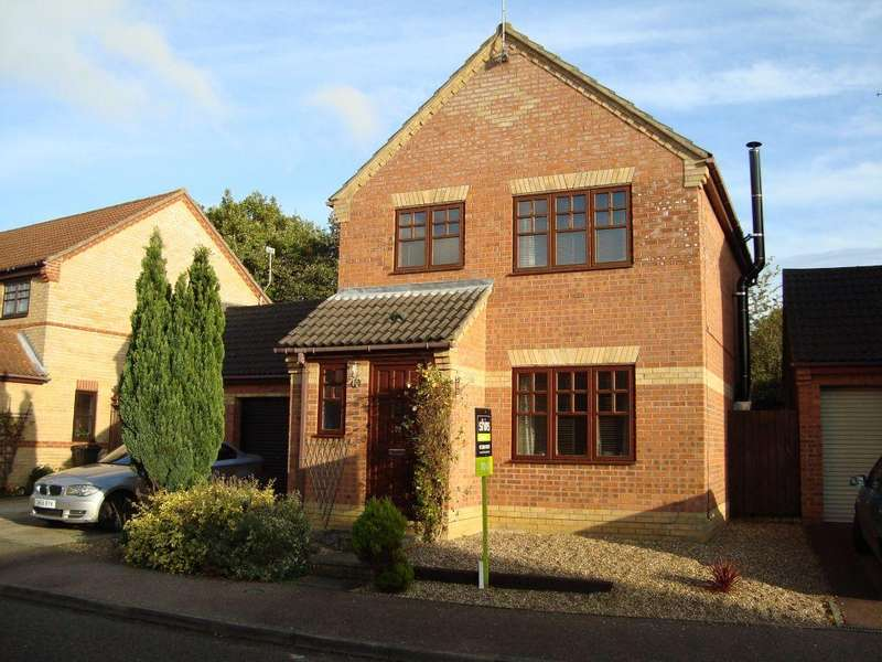 3 Bedrooms Detached House for rent in Howes Avenue, Thurston