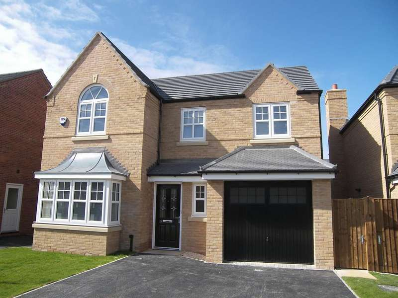 4 Bedrooms Detached House for rent in Faulkner Crescent, St.Annes On Sea