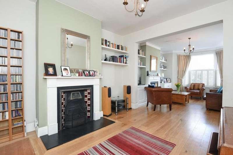 4 Bedrooms Terraced House for sale in Astonville Street, Southfields
