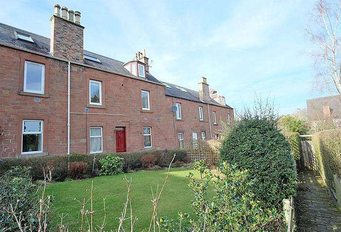 2 Bedrooms Flat for sale in 6 Anworth Terrace, Newtown St Boswells, TD6 0PF