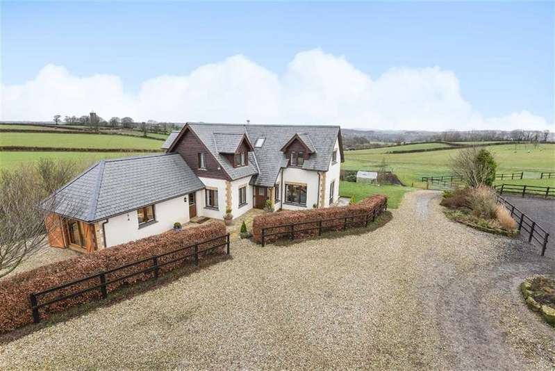4 Bedrooms Detached House for sale in Oakford, Tiverton, Devon, EX16