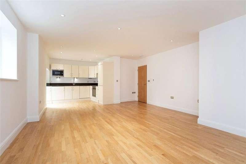 2 Bedrooms Flat for sale in Banner Street, EC1Y