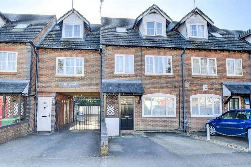 3 Bedrooms Terraced House for sale in The Mews, Madeline Rd, Petersfield