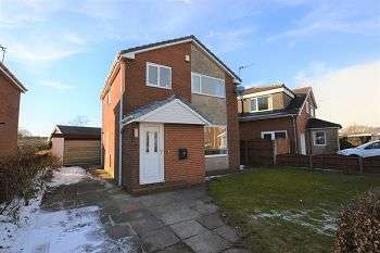 3 Bedrooms Detached House for rent in Coniston Avenue, Adlington, PR6 9QH