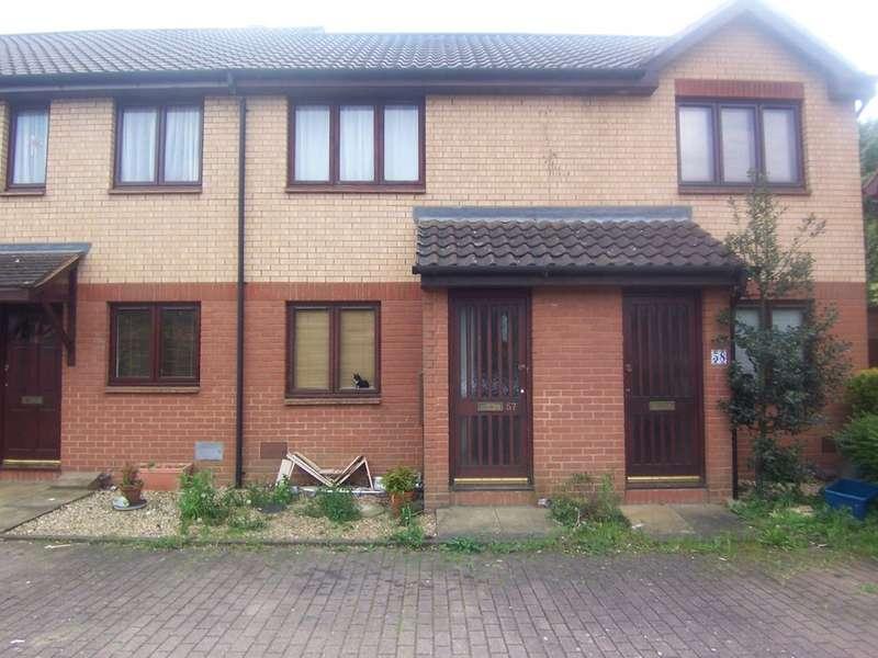 1 Bedroom Terraced House for rent in Pettingrew Close, Walnut Tree MK7