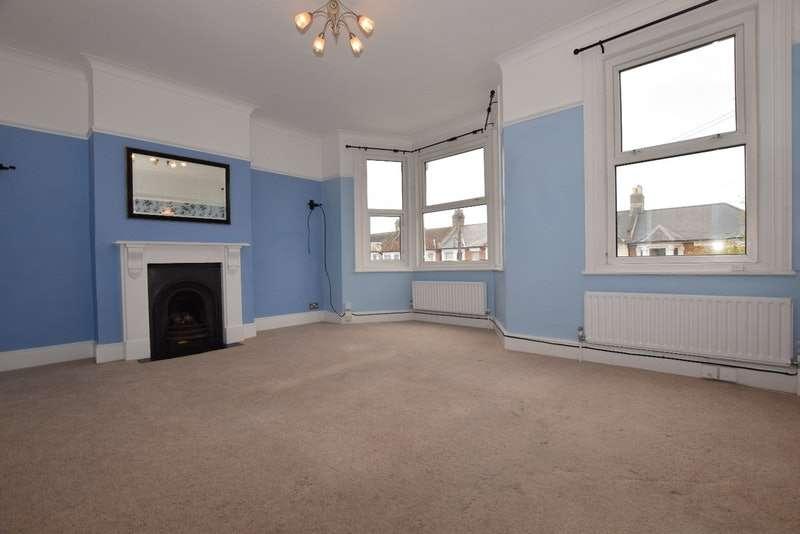 2 Bedrooms Flat for sale in Broadfield Road, London, London, SE6