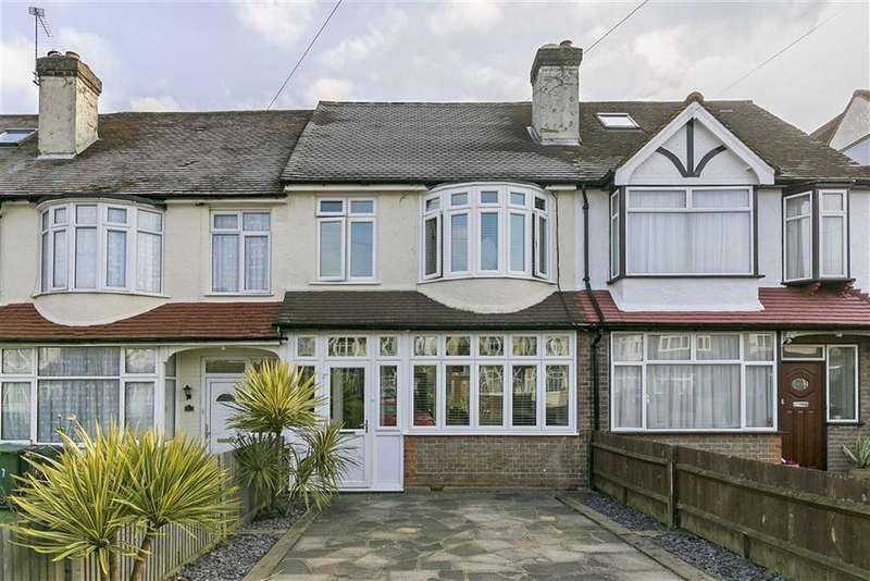 3 Bedrooms Terraced House for sale in Ardrossan Gardens, Worcester Park, Surrey