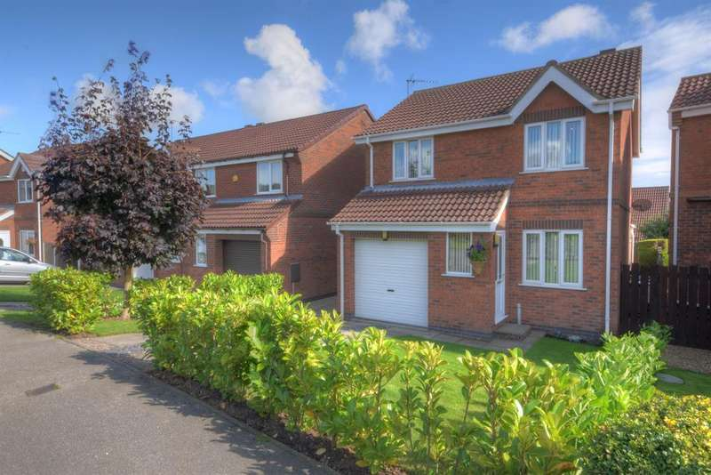 3 Bedrooms Detached House for sale in Thorntondale Drive, Bridlington, YO16 6GW