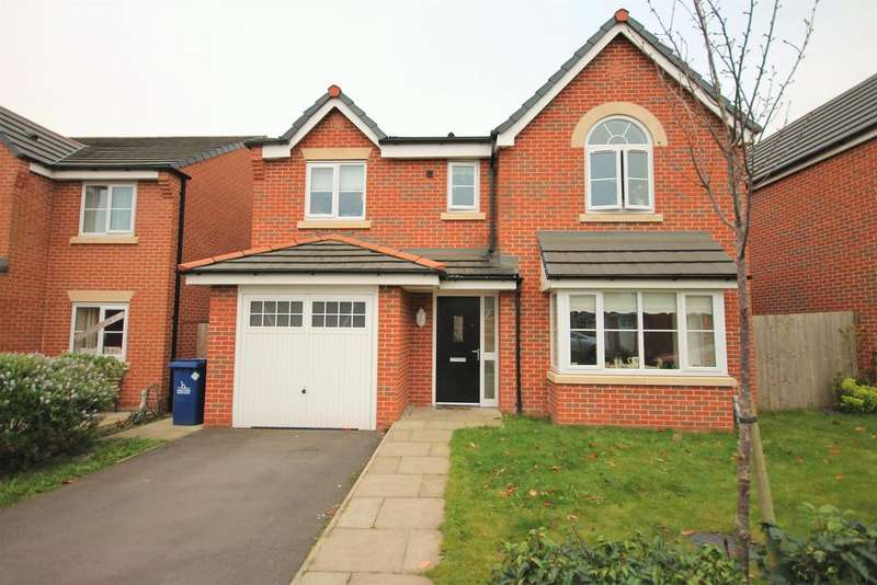4 Bedrooms Detached House for sale in Chadwick Lane, Widnes, WA8 9NN