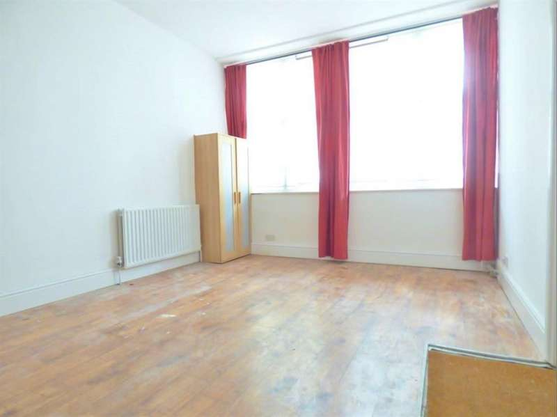 2 Bedrooms Ground Flat for sale in Dalling Road, Hammersmith, London, W6