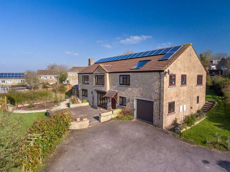 4 Bedrooms Detached House for sale in Hallett Road, Castle Cary