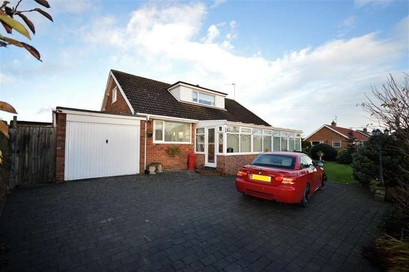 3 Bedrooms Detached House for sale in West Garth, Cayton, Scarborough, YO11 3SD