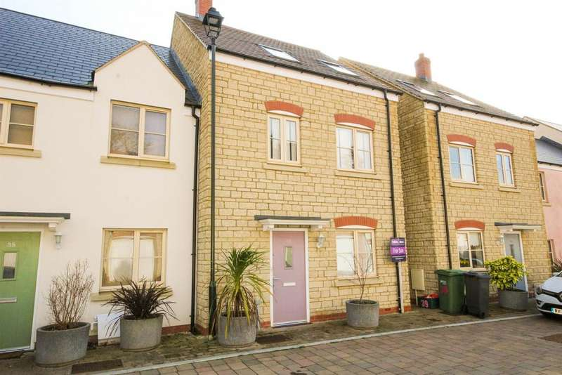 3 Bedrooms End Of Terrace House for sale in Britannia Mews, Wotton Under Edge, , Glos