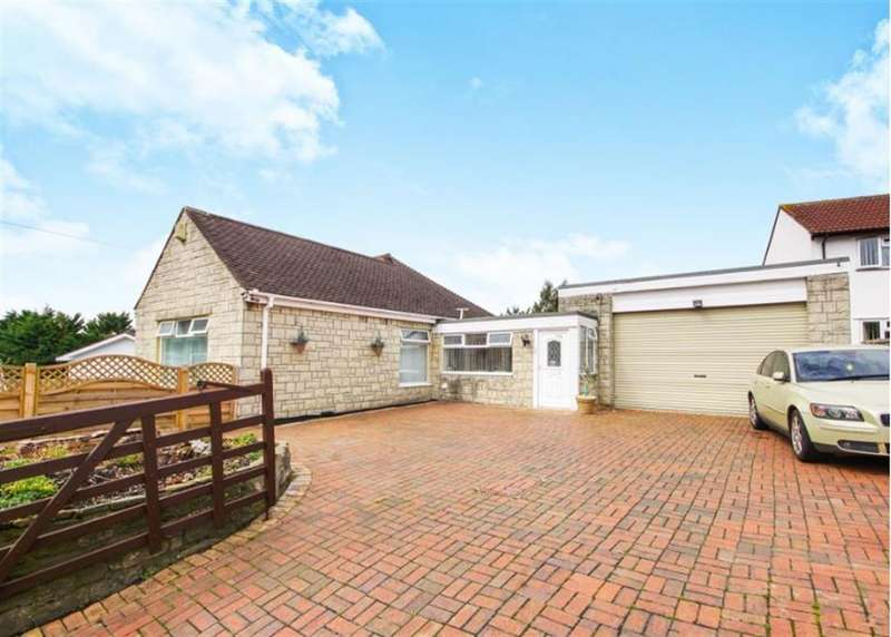 3 Bedrooms Detached Bungalow for sale in Forest Road, Kingswood, Bristol, Avon