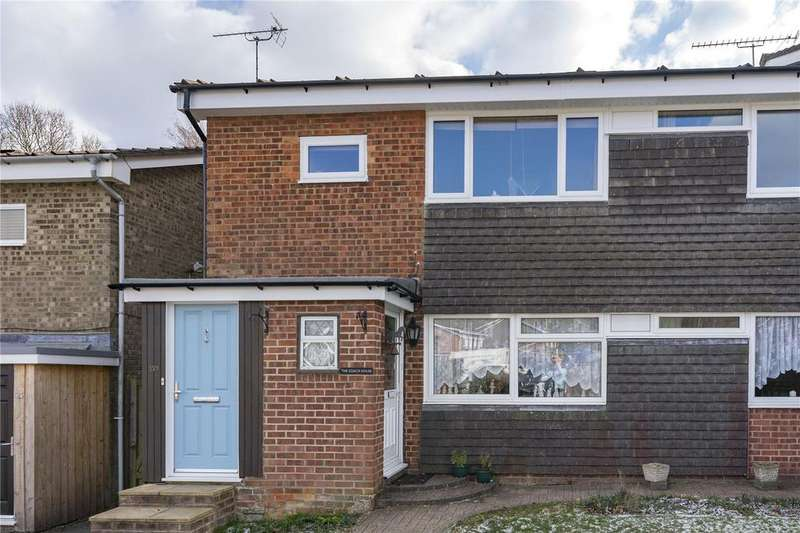 2 Bedrooms Maisonette Flat for sale in Wooteys Way, Alton, Hampshire