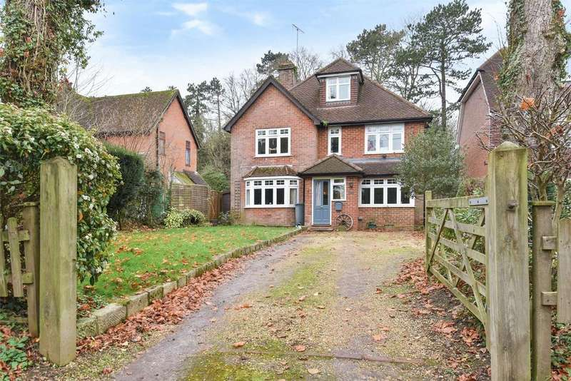 4 Bedrooms Detached House for rent in Hampshire