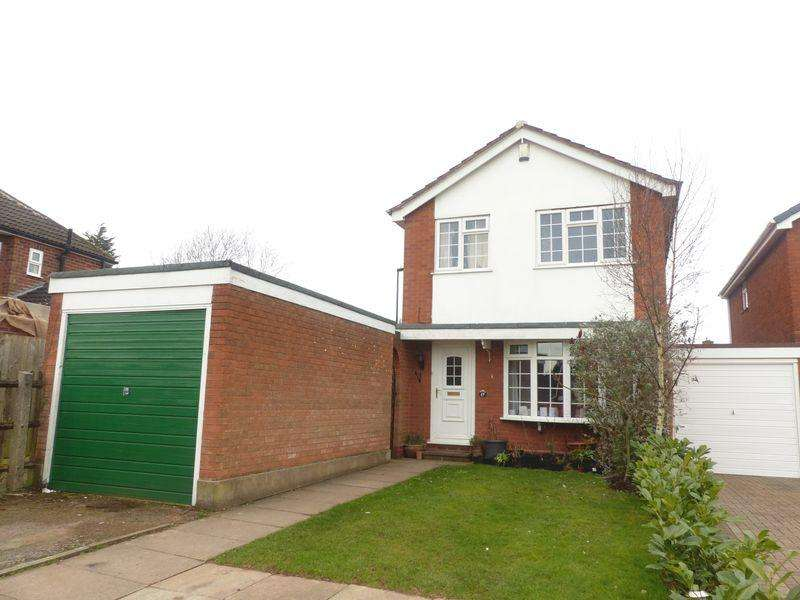 3 Bedrooms Detached House for sale in Darnel Hurst Road, Four Oaks, Sutton Coldfield