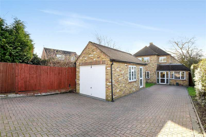 3 Bedrooms Detached House for sale in Wood Rise, Pinner, Middlesex, HA5