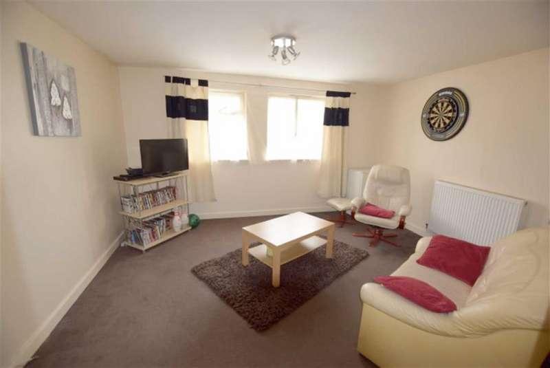 1 Bedroom Flat for sale in Great Ranton, Basildon, Essex