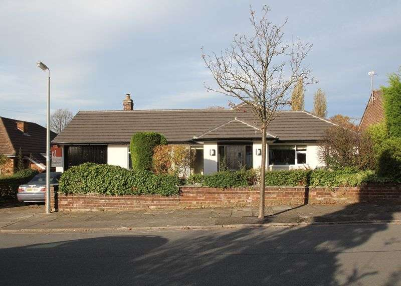 3 Bedrooms Property for rent in Broad Hey Romiley, Stockport