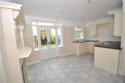 3 Bedrooms House for rent in Onslow Road, Rochester