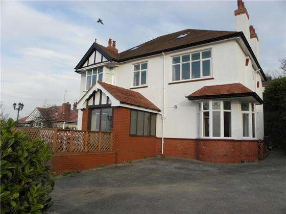 4 Bedrooms Detached House for sale in 4 Miners Lane, Old Colwyn
