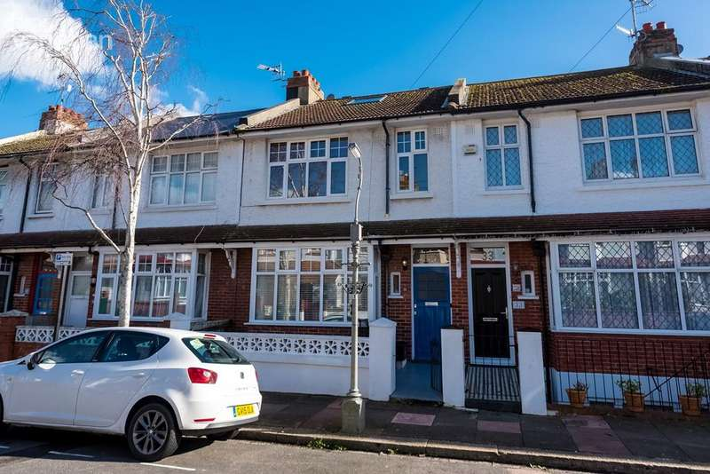 4 Bedrooms Maisonette Flat for sale in Princes Terrace , Brighton , BN2