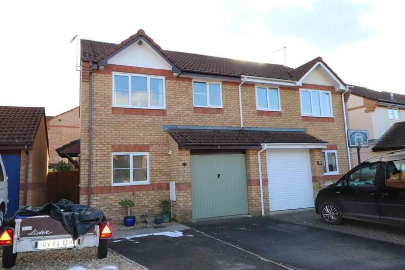 3 Bedrooms Semi Detached House for sale in Wester-Moor Drive