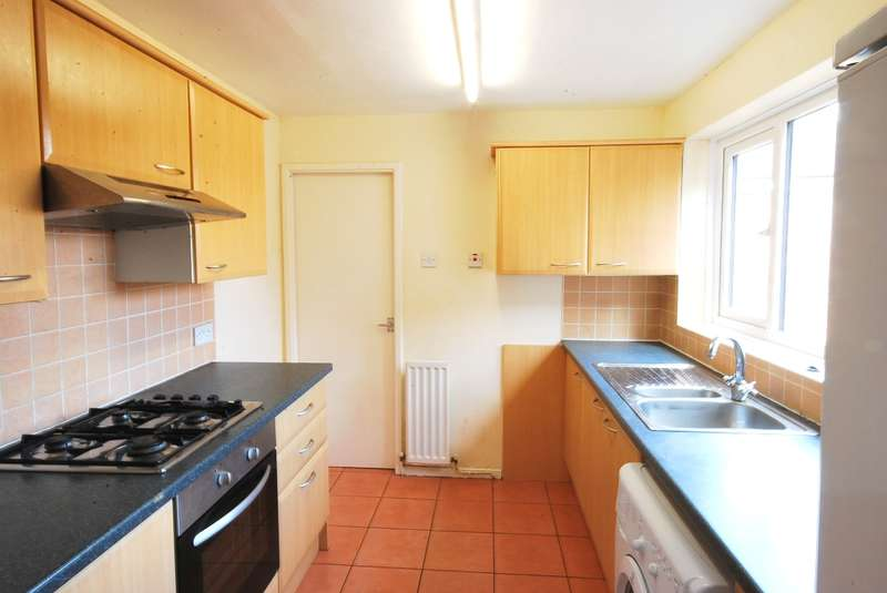 6 Bedrooms Maisonette Flat for rent in Helmsley Road, Sandyford