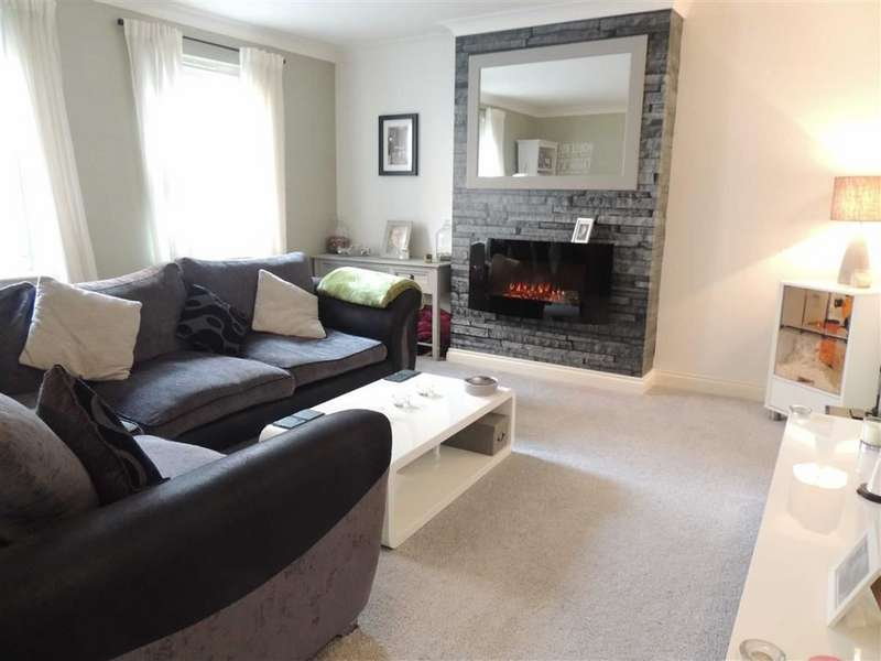 2 Bedrooms Flat for sale in Reynold Street, Hyde