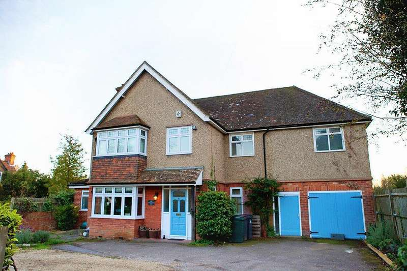 5 Bedrooms Detached House for sale in Upper Woodcote Road, Caversham, Reading