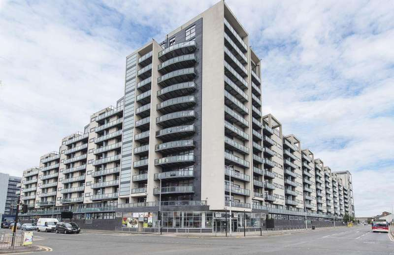 3 Bedrooms Duplex Flat for sale in 8/1, 110 Lancefield Quay, Finnieston, Glasgow, G3 8HR