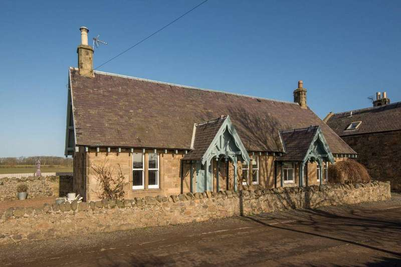 4 Bedrooms Detached House for sale in 11 West Fenton Cottages, North Berwick, East Lothian, EH39 5AL