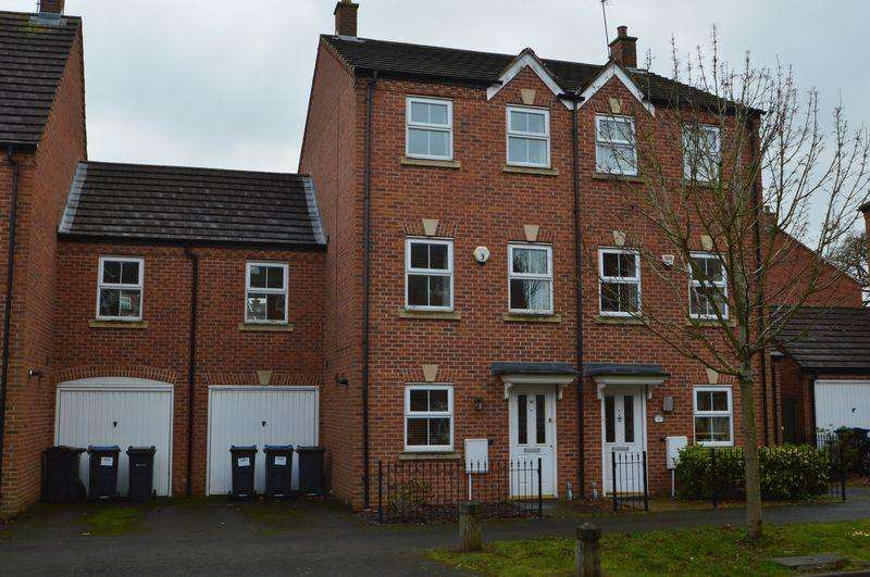 4 Bedrooms Town House for rent in 43 Ratcliffe Avenue, Kings Norton, B30 3NZ
