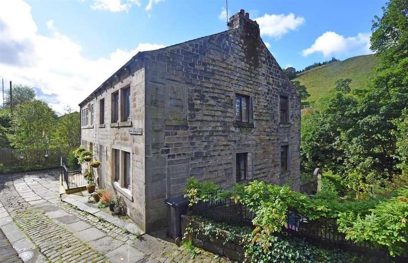 3 Bedrooms Semi Detached House for sale in Knowlwood Bottom, Todmorden OL14