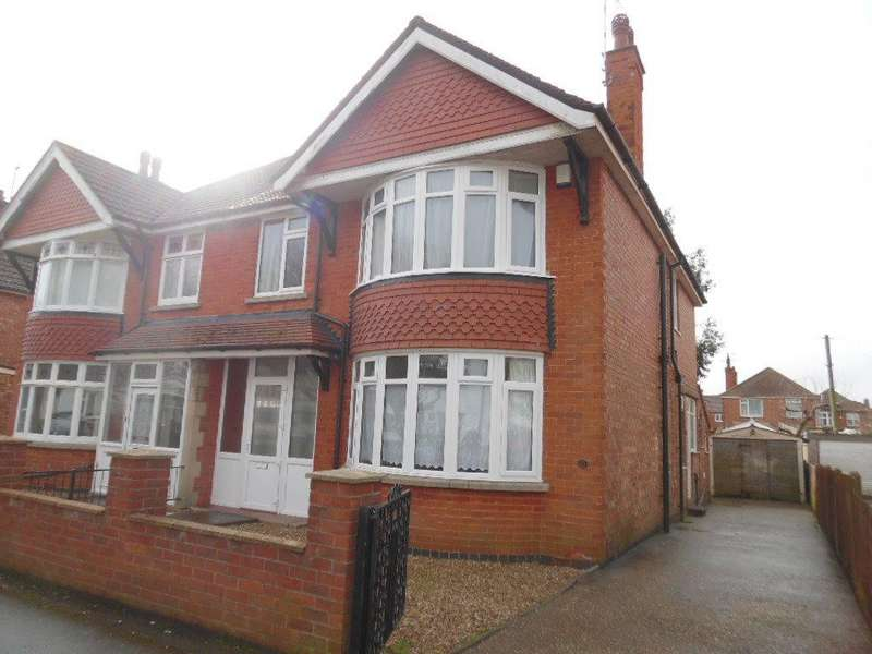 4 Bedrooms Semi Detached House for rent in Cecil Avenue, Skegness, Lincs