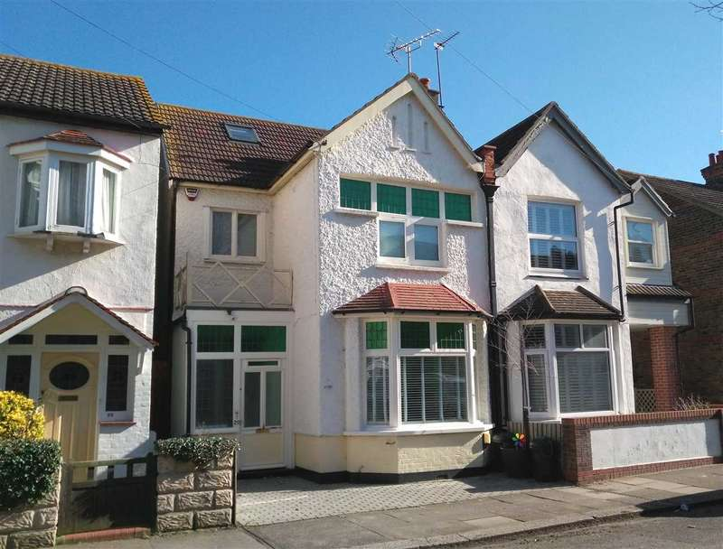 4 Bedrooms Semi Detached House for sale in Lansdowne Avenue, Leigh on Sea