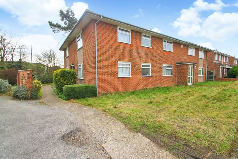 1 Bedroom Flat for sale in West Close, Ashford, TW15