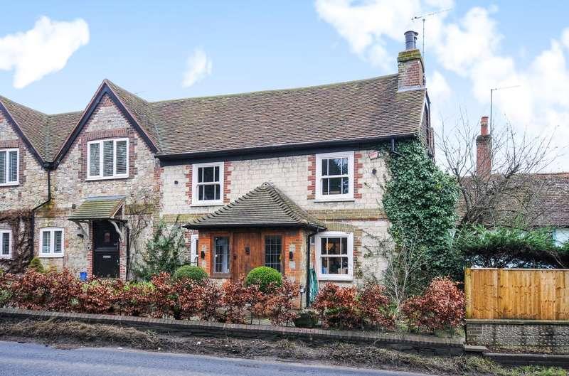 2 Bedrooms Semi Detached House for rent in Manley's Hill, Storrington, RH20