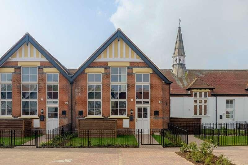 3 Bedrooms Terraced House for sale in 7 Old School Court, Hinguar Street, Shoeburyness, Essex SS3 9DU
