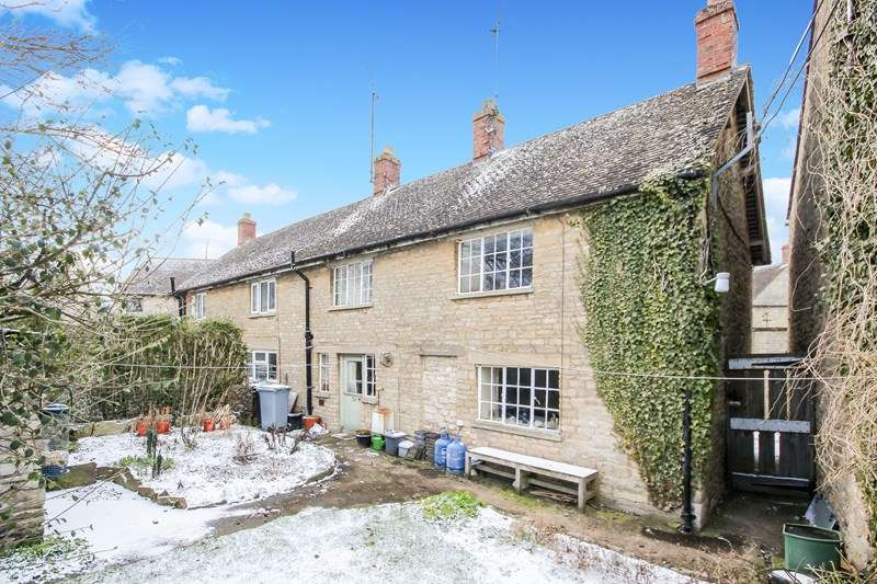 2 Bedrooms Property for sale in The Square, Milton-Under-Wychwood, Chipping Norton