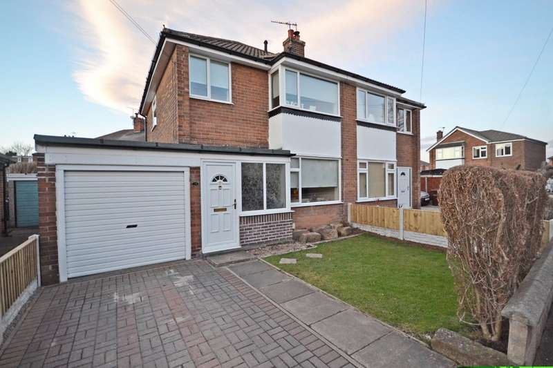 3 Bedrooms Semi Detached House for sale in Holmfield Grove, Thornes, Wakefield