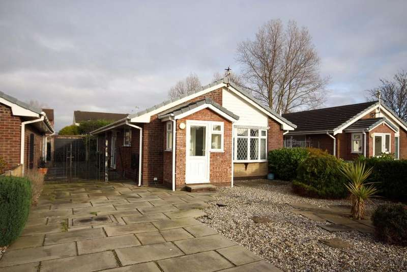 3 Bedrooms Detached Bungalow for sale in Bracebridge Drive, Southport