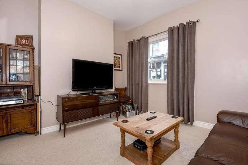 2 Bedrooms Maisonette Flat for rent in Church Street, Kington, HR5