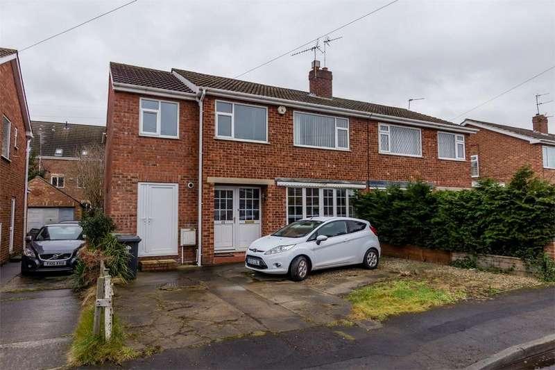 5 Bedrooms Semi Detached House for sale in Kirkdale Road, Osbaldwick, York